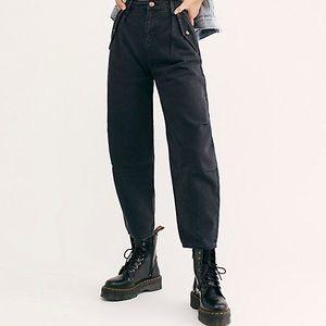 Laredo Pleated Pant